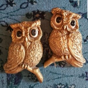 Pair Of Mid Century Modern Wall Hanging Gold Owls